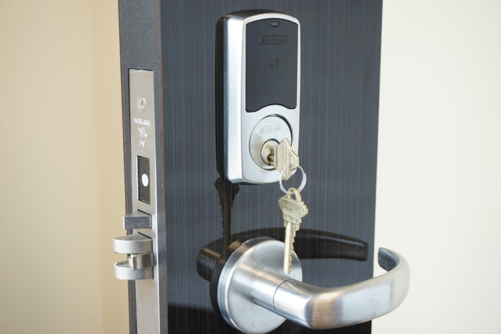 Commercial-grade smart lock